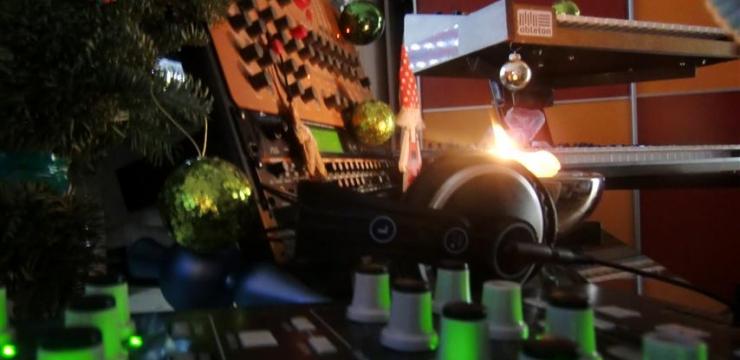 M-Nonstatic – Deep Afterhour Xmas Special (Liveset)
