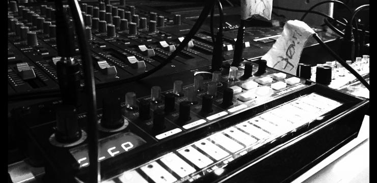Turing – Live Dub Techno Session All hardware, No PC